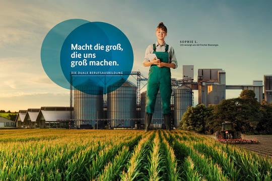 """Nationale Informationskampagne """"Die Duale – Berufsbildung mit System"""